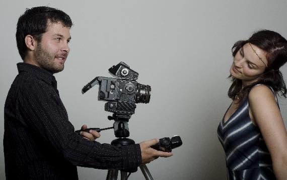 正社員で就職用の履歴書写真はスタジオで撮影がベスト