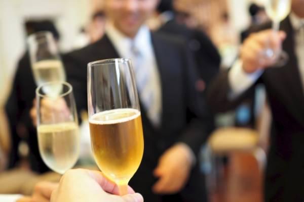結婚式の代理出席のアルバイト